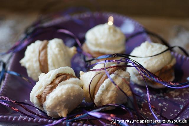 kokos schoko macarons eine s nde wert zimtkeks und apfeltarte. Black Bedroom Furniture Sets. Home Design Ideas