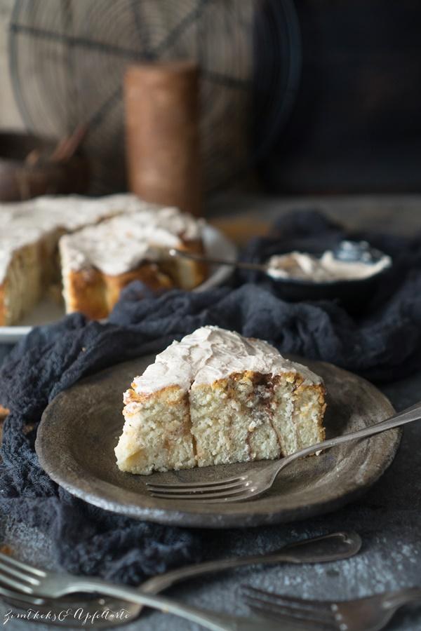 Weltbester Zimtschnecken-Kuchen - Rosenkuchen mit Zimt