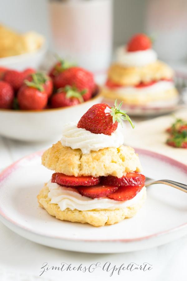 Strawberry-Shortcakes - Biscuits mit Erdbeeren und Sahne -einfach und schnell