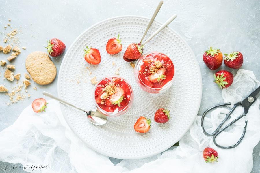 Erdbeer-Cheesecake im Glas - ganz einfaches und schnelles Rezept