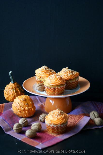 Leckere und saftige Kürbis-Cupcakes zu Halloween oder einfach so