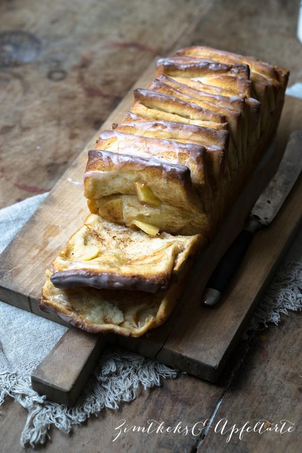 Apfel-Zupfbrot - Pull-Apart-Bread mit Zimt - ganz einfach!