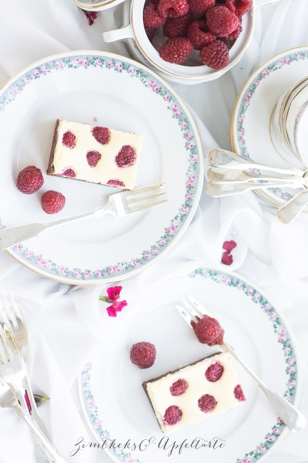 Köstlich: Berry Brownie Cheesecake