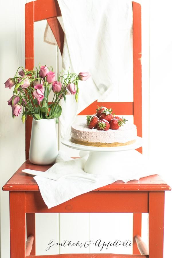 No bake Erdbeer Schmand Torte super einfach und schnell gemacht