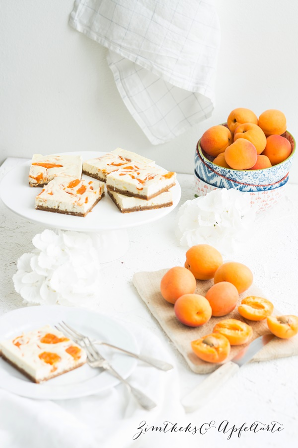 Einfach lecker: Aprikosen-Swirl Cheesecakes
