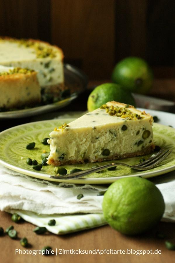 Cremig und lecker: Limetten-Pistazien-Cheesecake