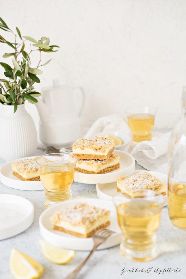Einfaches Rezept für Zitronen-Cheesecake-Schnitten mit crunchy Streuseln