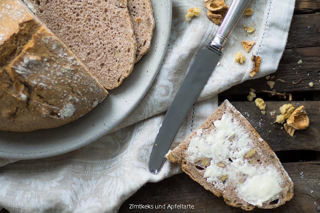 Dinkel-Walnuss-Brot (4 von 6)