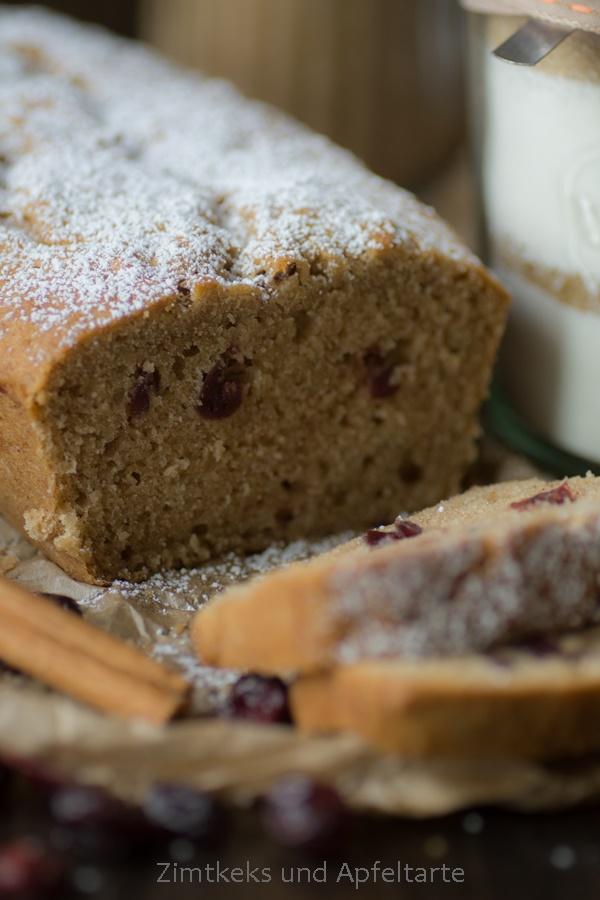 saftiger Apfel-Cranberry-Kuchen für Weihnachten