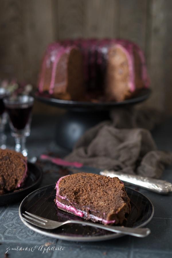 Omas saftiger Rotweinkuchen - lecker und ganz einfach zu backen - Rezept von ZimtkeksundApfeltarte.com