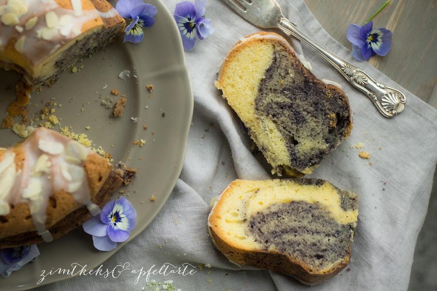 einfacher Blaubeer-Marmorkuchen