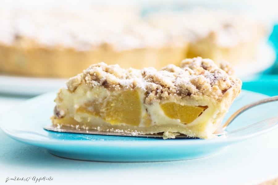 Pfirsich-Schmand-Pie mit Pekan-Streuseln