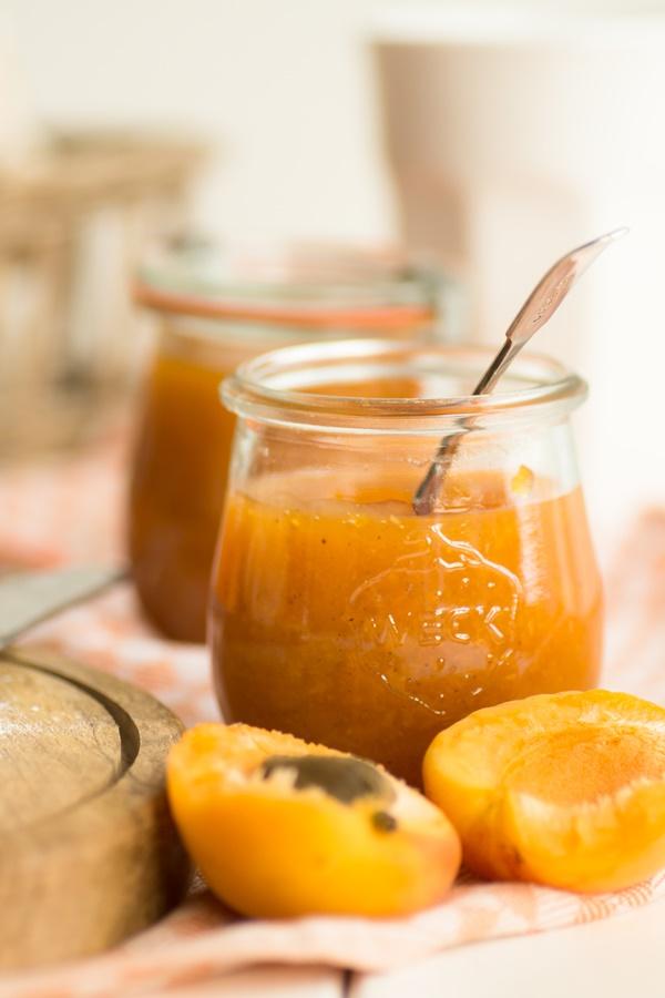 aprikosen vanille marmelade und blitzschnelle fr hst cksbr tchen zimtkeks und apfeltarte. Black Bedroom Furniture Sets. Home Design Ideas