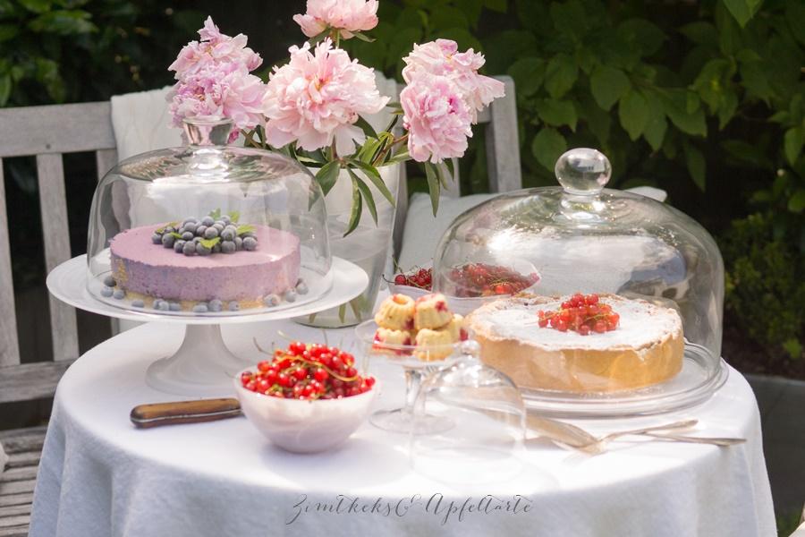 Träubleskuchen, Blaubeer-Schmand-Torte, Johannisbeer-Gugl