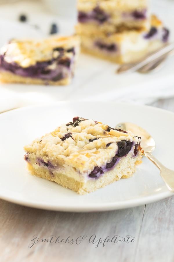 Blaubeer-Cheesecake-Schnitten
