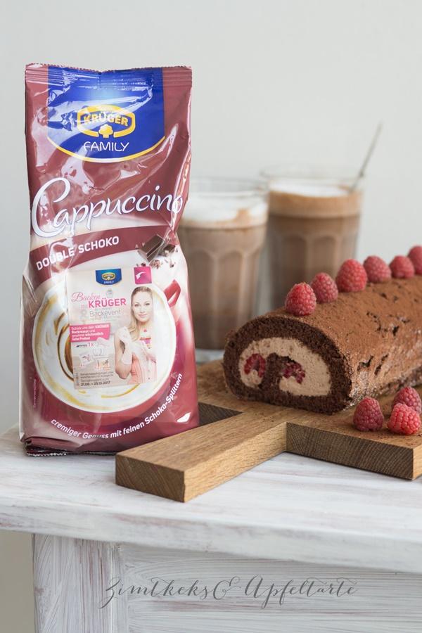 Schokoladen-Biskuitrolle mit Cappucino-Füllung