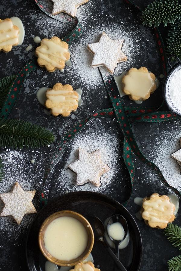 einfach und lecker: gefüllte Marzipan-Orangen-Kekse
