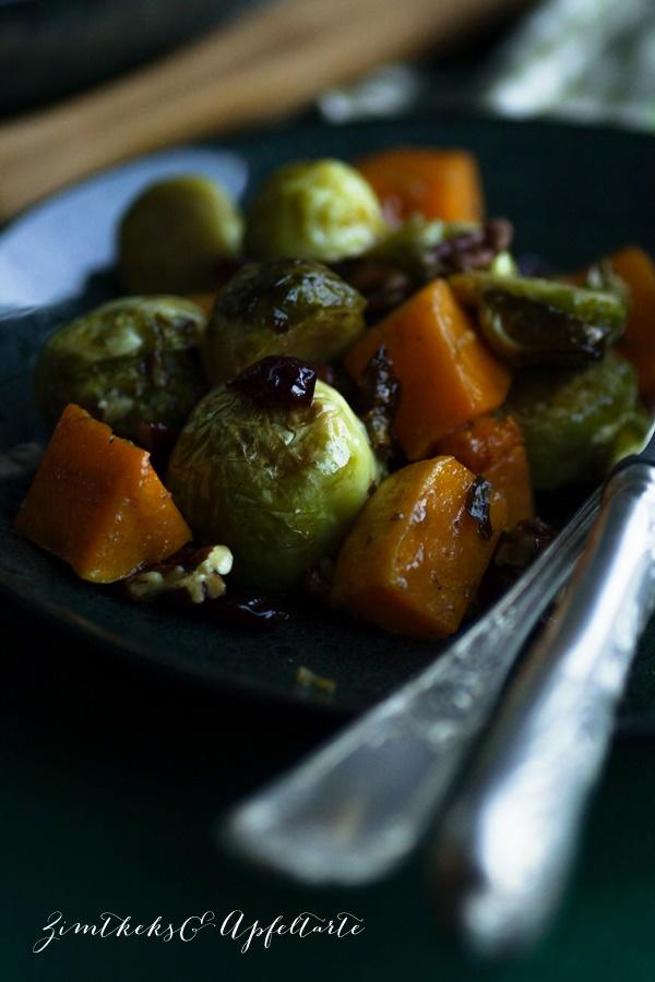 Rosenkohl-Butternut Salat mit Cranberries lecker und einfaches Rezept