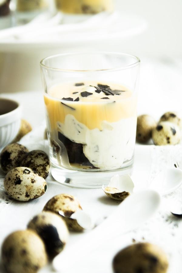 Gut vorzubereiten: Brownie-Eierlikör-Dessert