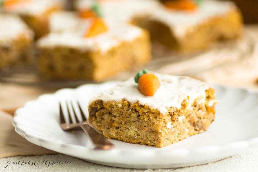 Low Carb Karottenkuchen - Rüblikuchen - mein einfaches und schnelles Rezept