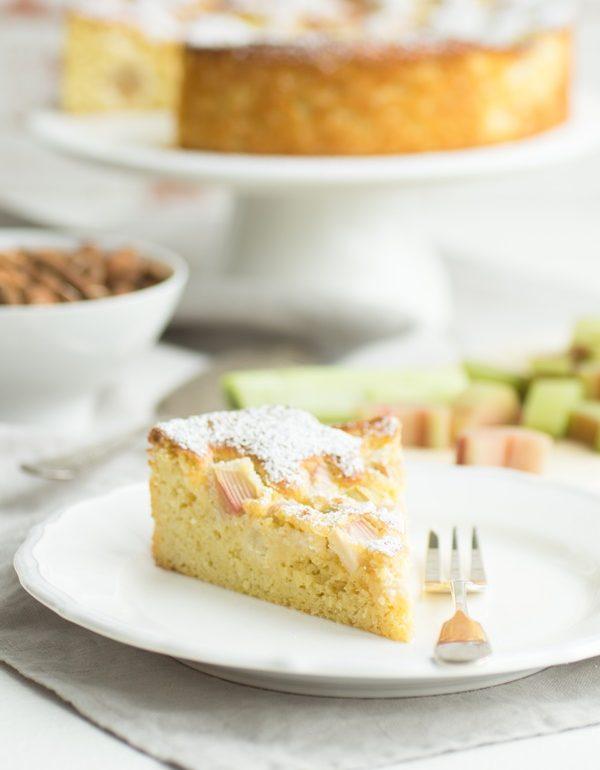 Super Schnell Und Ganz Einfach Low Carb Rhabarberkuchen