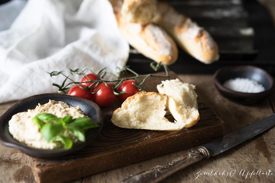 Rezept für knuspriges Baguette - gelingsicher von ZimtkeksundApfeltarte.com