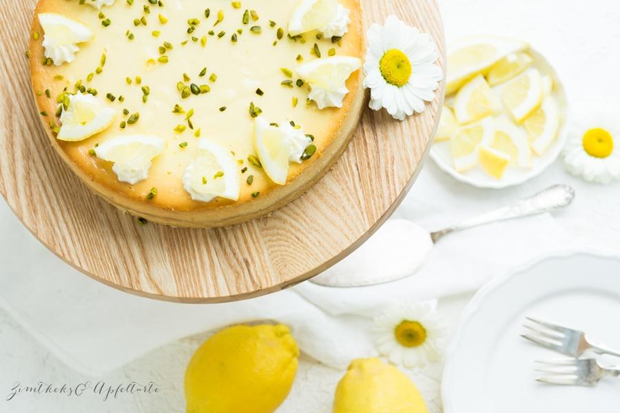 Super einfach und lecker Zitronen-Cheesecake mit weißer Schokolade