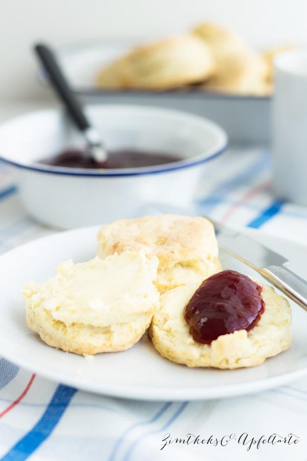 Einfaches und schnelles Rezept für lockere Buttermilch-Biscuits