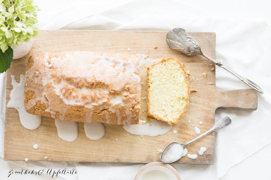 Saftiger Zitronenkuchen mit Zucchini von ZimtkeksundApfeltarte.com