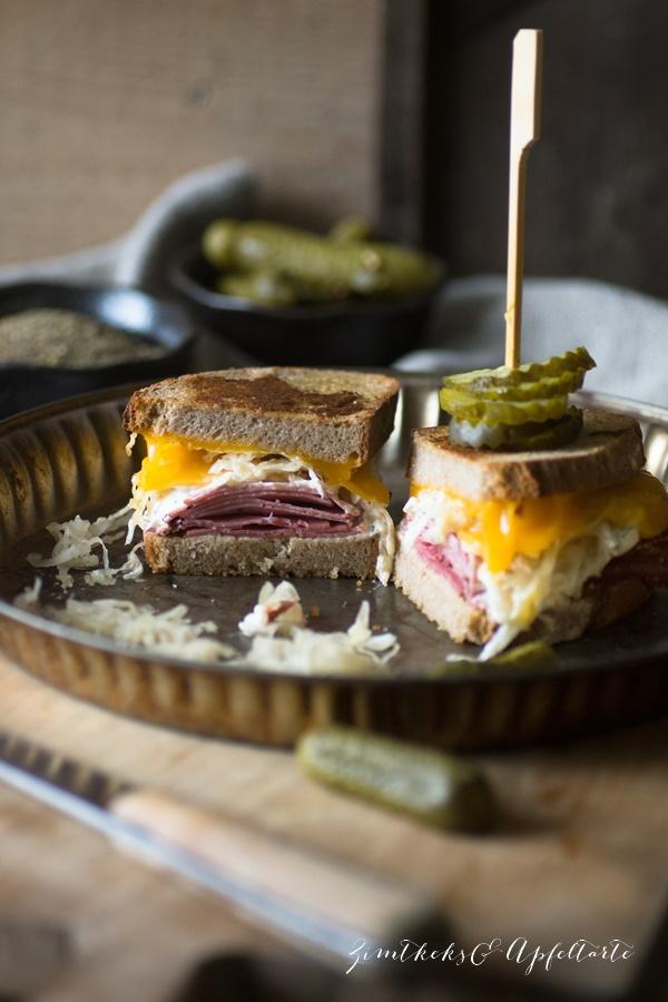 Reuben Grilled Cheese Sandwich - einfach und lecker