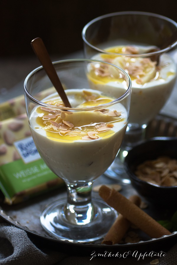 Weiße Mandel Schokolade Creme mit beschwipsten Tonka Birnen - ZimtkeksundApfeltarte.com