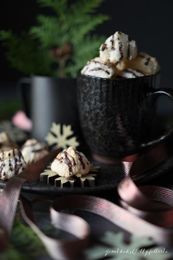 Saftige Kokosmakronen - Rezept von ZimtkeksundApfeltarte.com