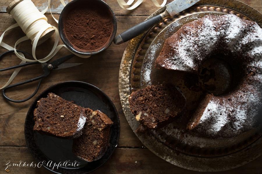 Saftiger Schokoladen-Nusskuchen mit Pastinaken