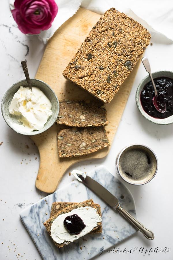 Glutenfreies Saaten-Nuss-Brot - leicker und einfach selber backen
