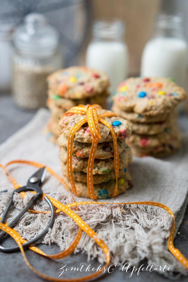M&M-Cookies mit Haferflocken - ZimtkeksundApfeltarte.com