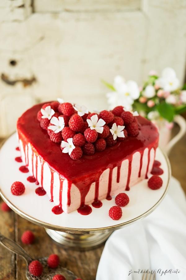 Himbeer-Frischkäse-Mascarpone-Torte