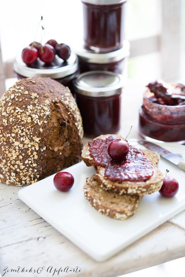 Schwarzwälder-Kirsch-Marmelade mit Schuss - lecker und einfach
