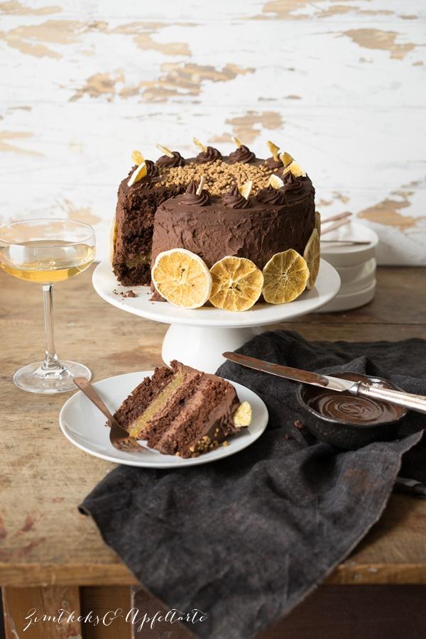 Schokoladen-Orangen-Torte mit Mandeln und Schoko-Ganache - ZimtkeksundApfeltarte.com