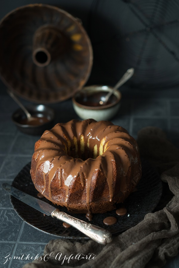 Eierlikör-Marmorkuchen - einfaches und gelingsicheres Rezept von ZimtkeksundApfeltarte.com