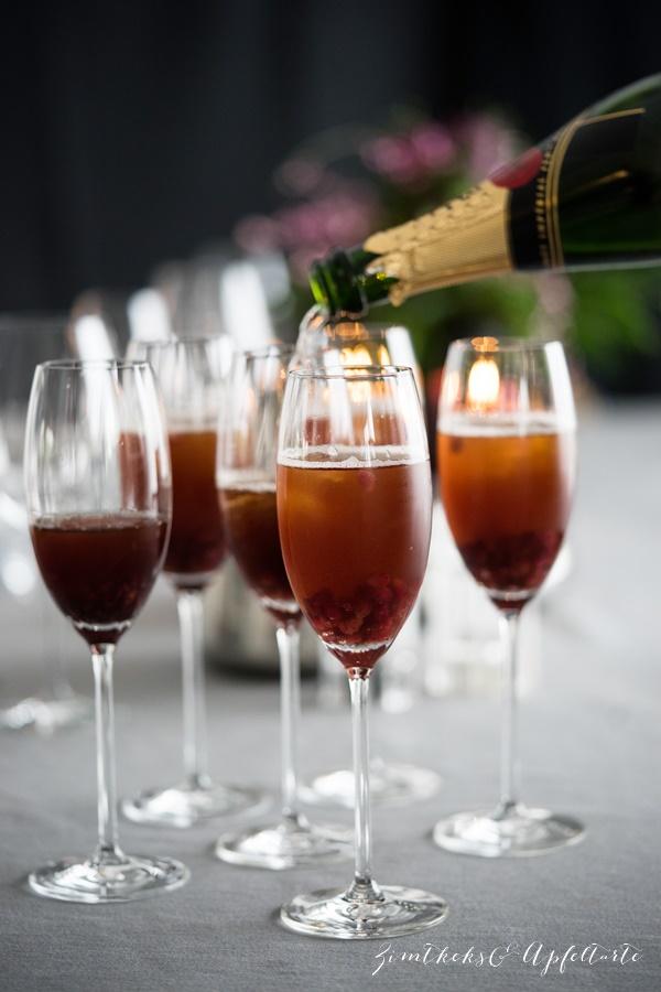 Champagner-Granatapfel-Cocktail - Zimtkeksundapfeltarte.com