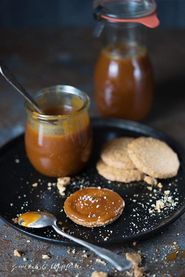 Sahnige Karamell Soße selber machen - Salted Caramel Sauce - mit nur vier Zutaten ganz einfach