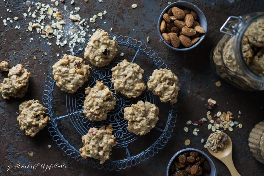 Vegane, super easy Müsli Cookies - zimtkeksundapfeltarte.com