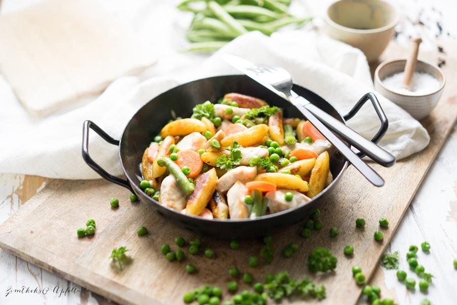 Schnelle Schupfnudelpfanne mit Hühnchen und Gemüse - familientauglich und lecker