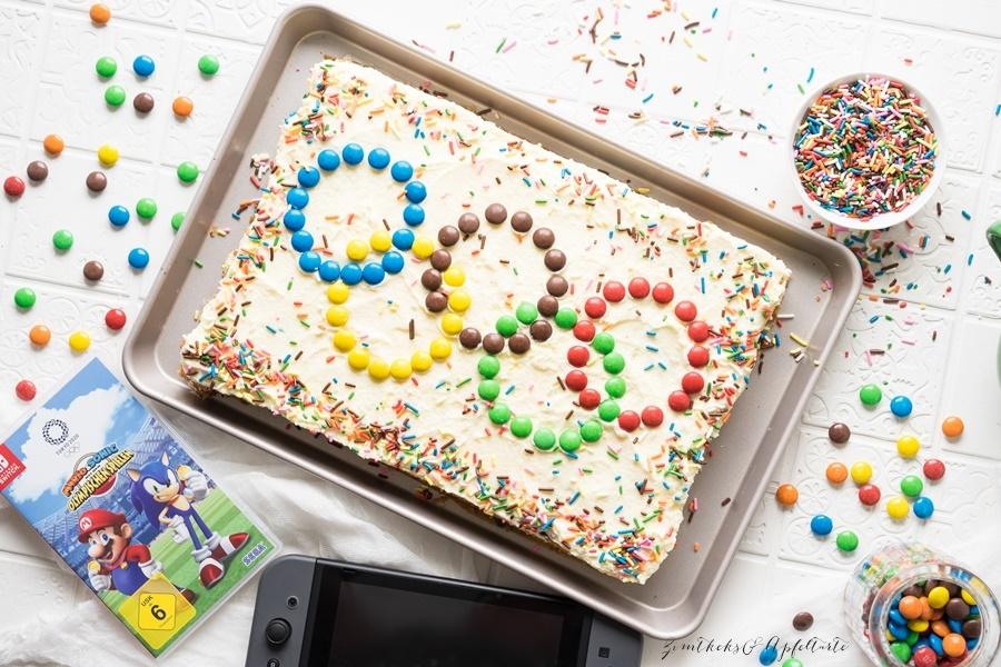 Toller Partykuchen: Funfetti-Kuchen - Sprinkle Cake - für die Kids-Party