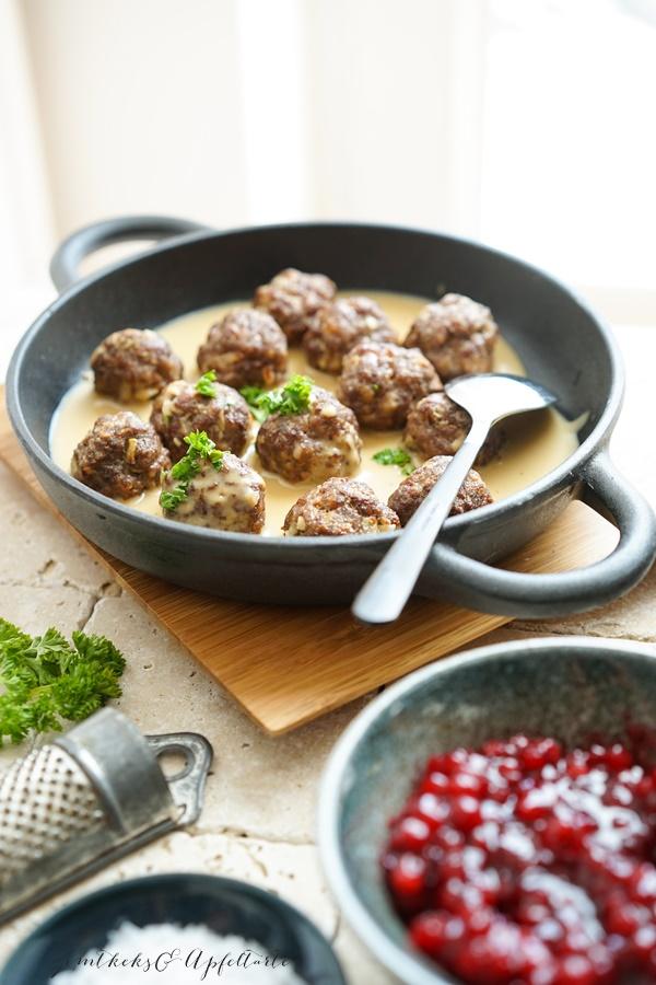 Rezept für Schwedische Köttbullar mit Rahmsauce, schmeckt wie bei IKEA