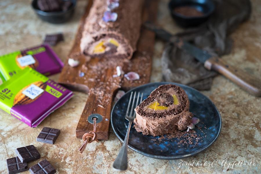 Schokoladen Biskuitrolle mit Frischkäse-Schokoladenfüllung - lecker, schokoladig und fruchtig