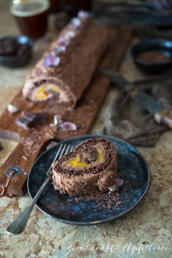 Einfaches Rezept für Schokoladen Biskuitrolle mit Frischkäse-Schokoladenfüllung