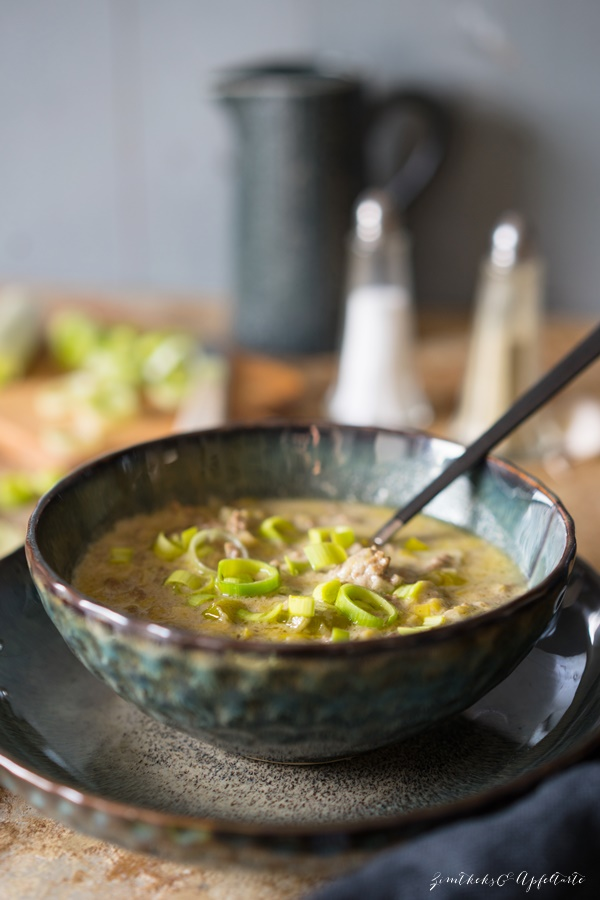 Cremige Hackfleisch-Lauch-Suppe - tolles Herbst-Soulfood - fix auf dem Tisch
