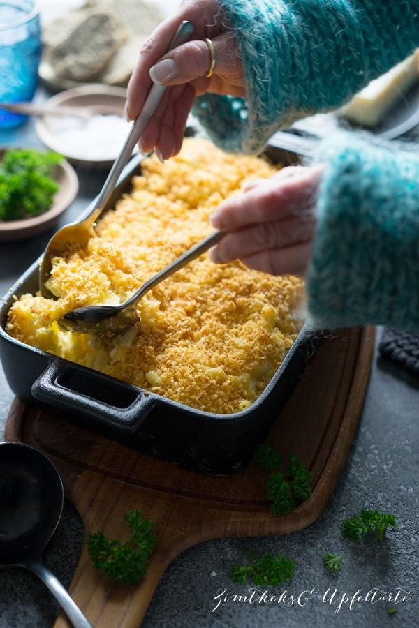 Ganz einfaches gelingsicheres Rezept für überbackene Mac and Cheese mit Panko-Crumbs