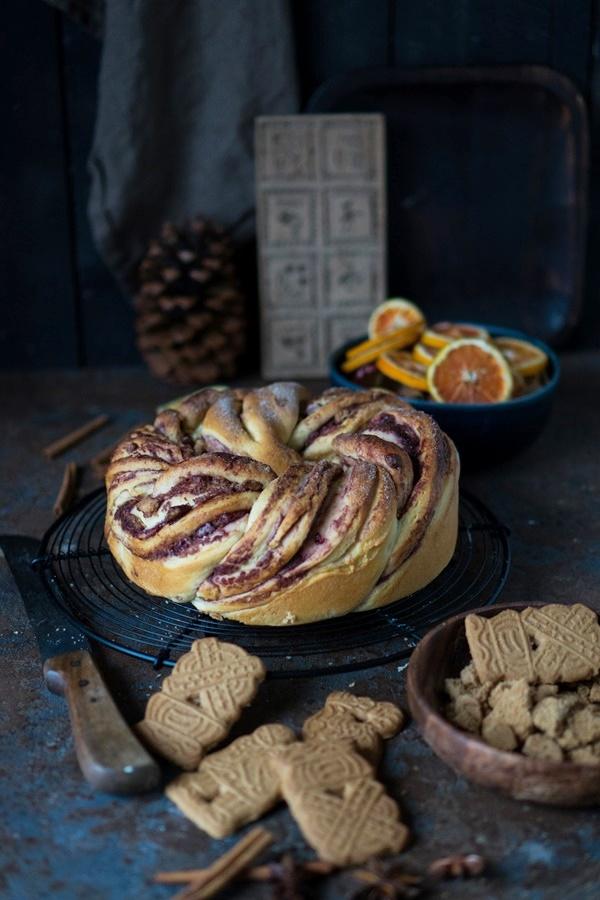 Winterlicher Spekulatius-Hefekuchen mit Marmelade - Zimtkeks und Apfeltarte